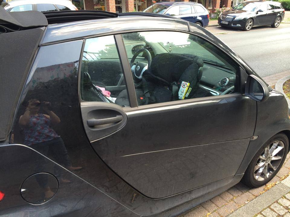 Passt ein Reboard-Kindersitz in mein kleines Auto?
